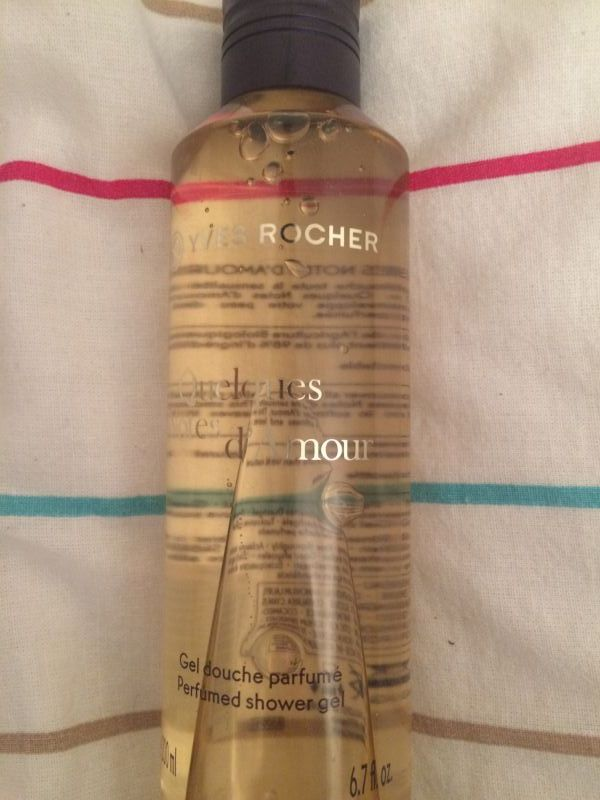 Swatch Gel Douche Parfumé Quelques Notes D'amour, Yves Rocher