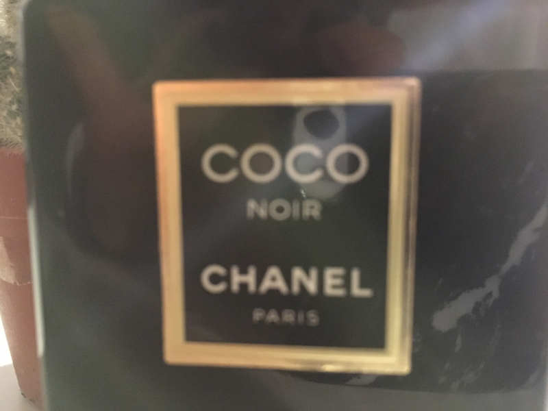 Swatch Coco Noir, Chanel
