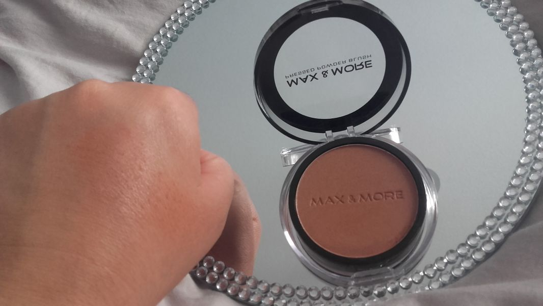 Swatch Blush marron, Max & More