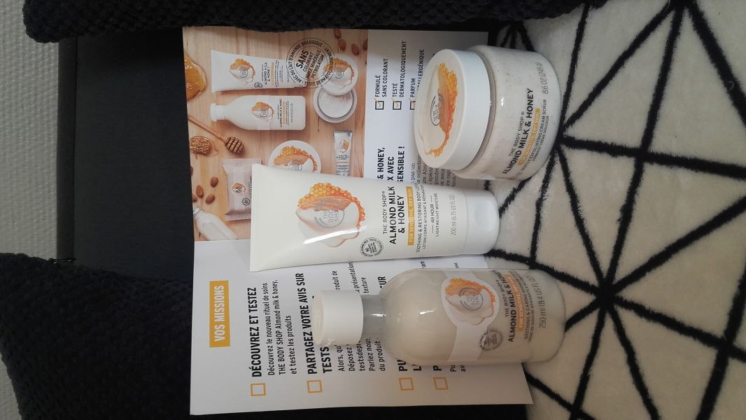Swatch Gamme almond milk & honey, The Body Shop