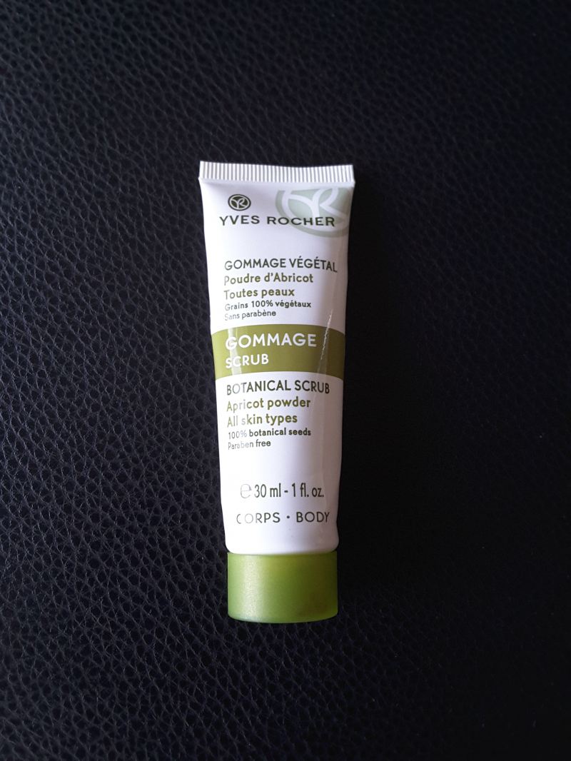 Swatch Gommage végétal poudre d'abricot, Yves Rocher