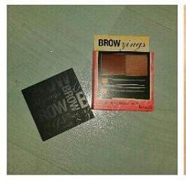 Swatch Brow Zings, Benefit Cosmetics