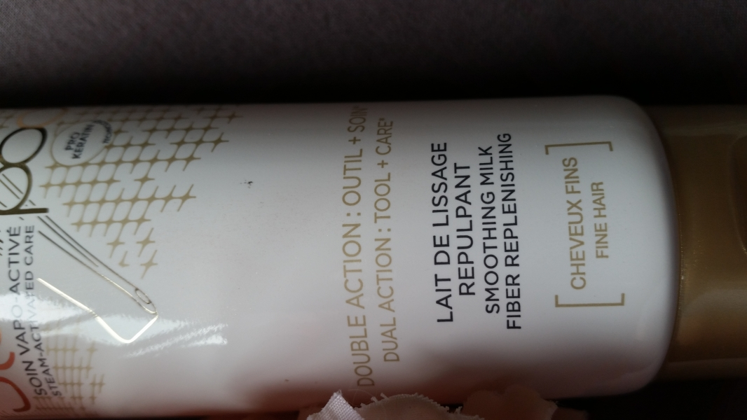 Swatch Steampod Lait de lissage repulpant - 150 ml, L'Oréal Paris