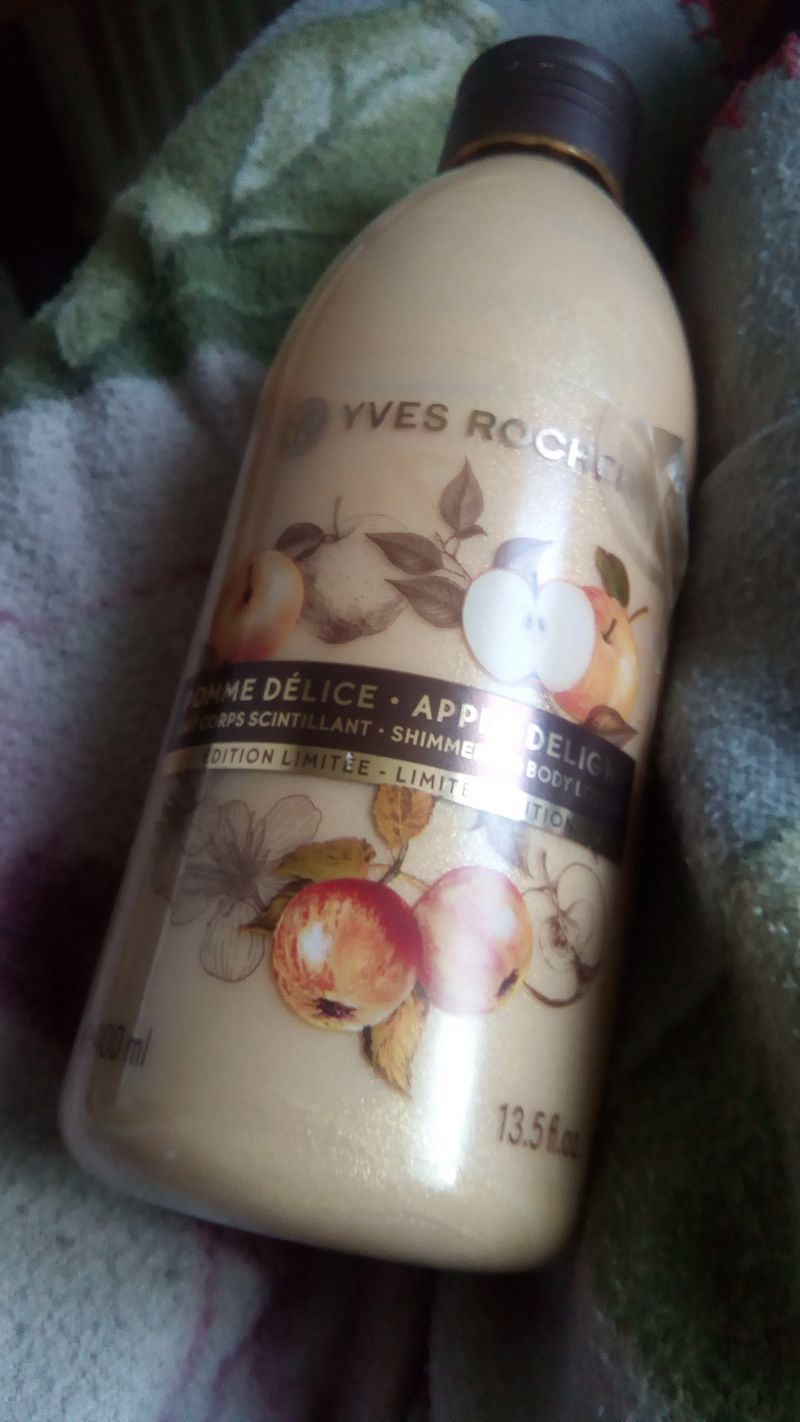Swatch Lait corps scintillant • Apple Delight, Yves Rocher