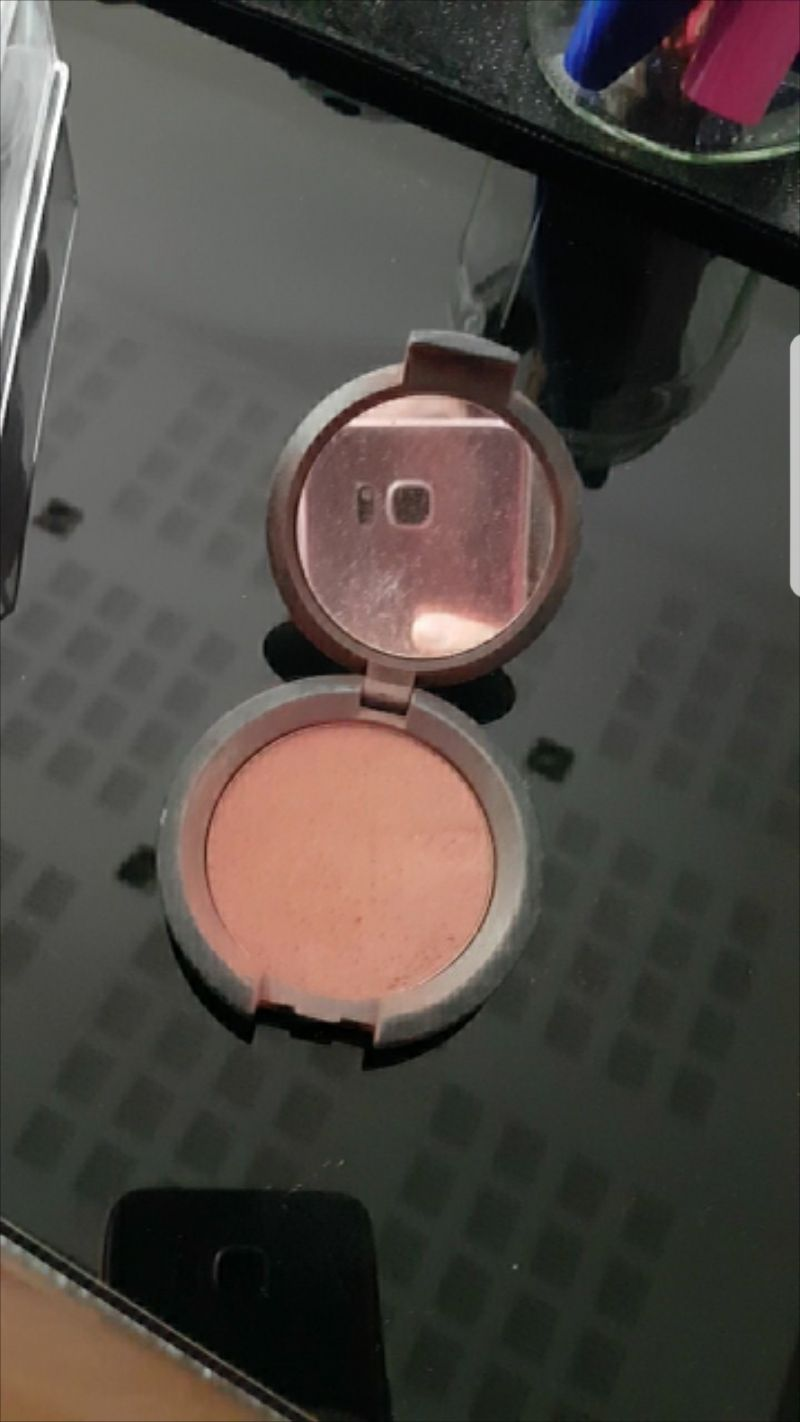 Swatch Soft Light Powder, Kiko