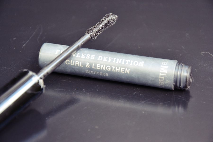 Swatch Flawless Definition - Mascara, BareMinerals