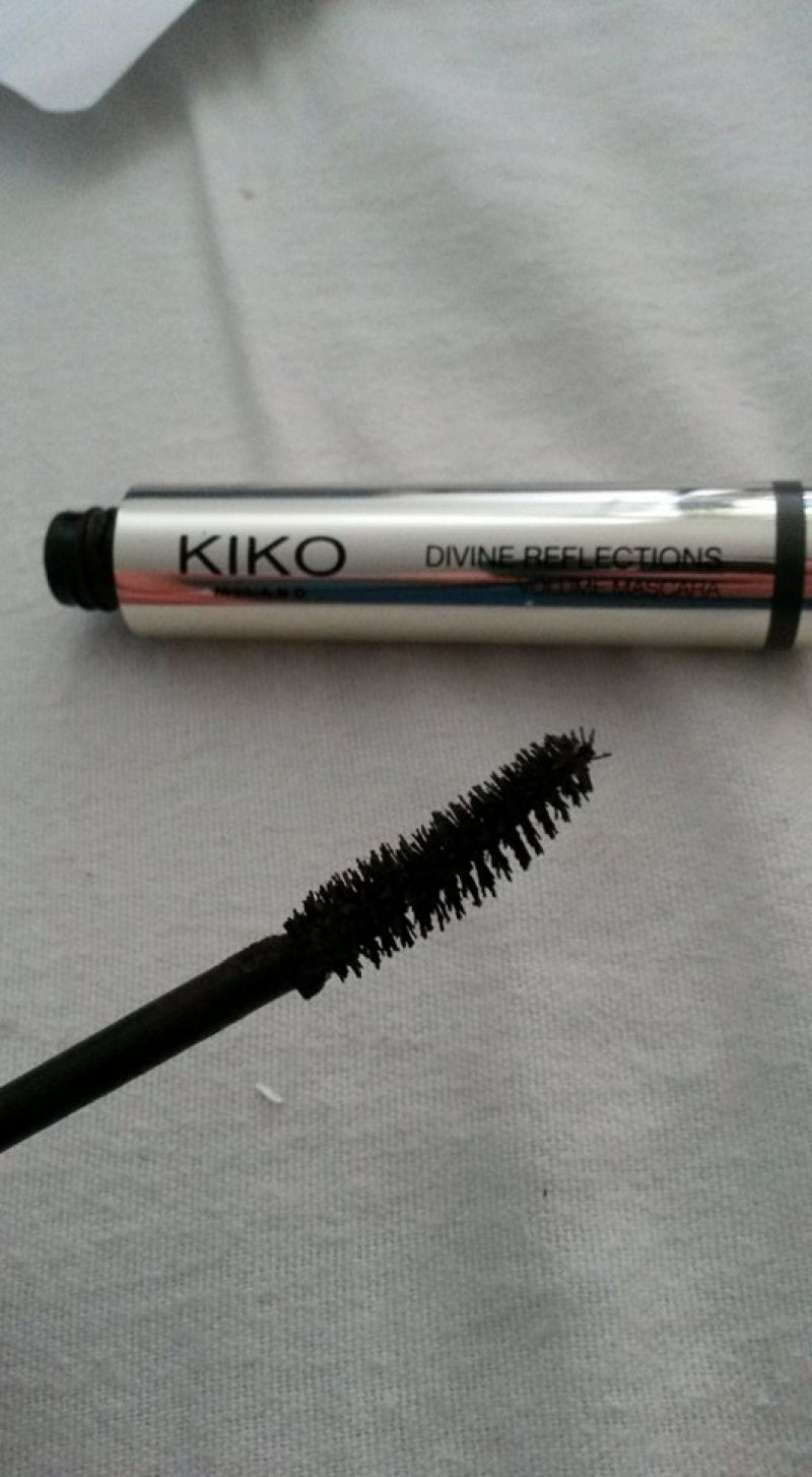 Swatch Divine Reflection - Volume Mascara, Kiko