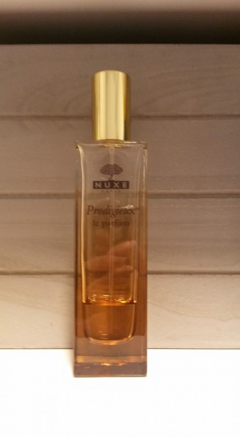Swatch Prodigieux Le Parfum, Nuxe