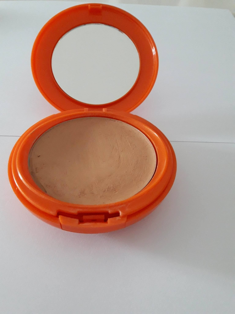Swatch Compact Solaire - sun compact SPF 30, Vichy