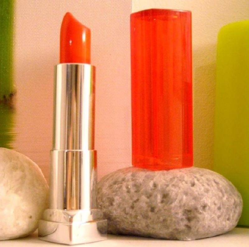Swatch Color Sensational Vivids - Rouge à Lèvres, Gemey-Maybelline