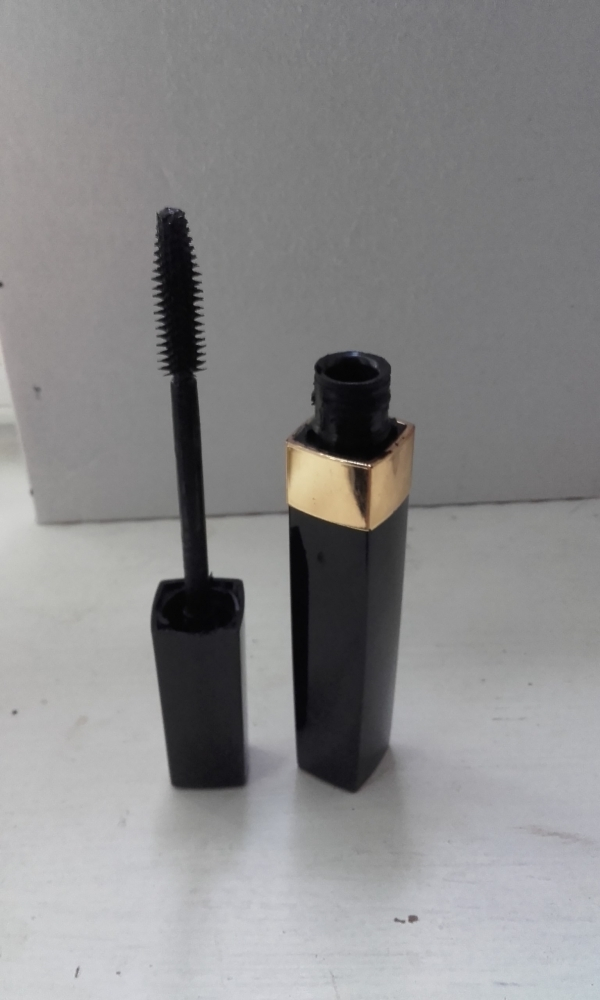 Swatch Mascara inimitable 10, Chanel