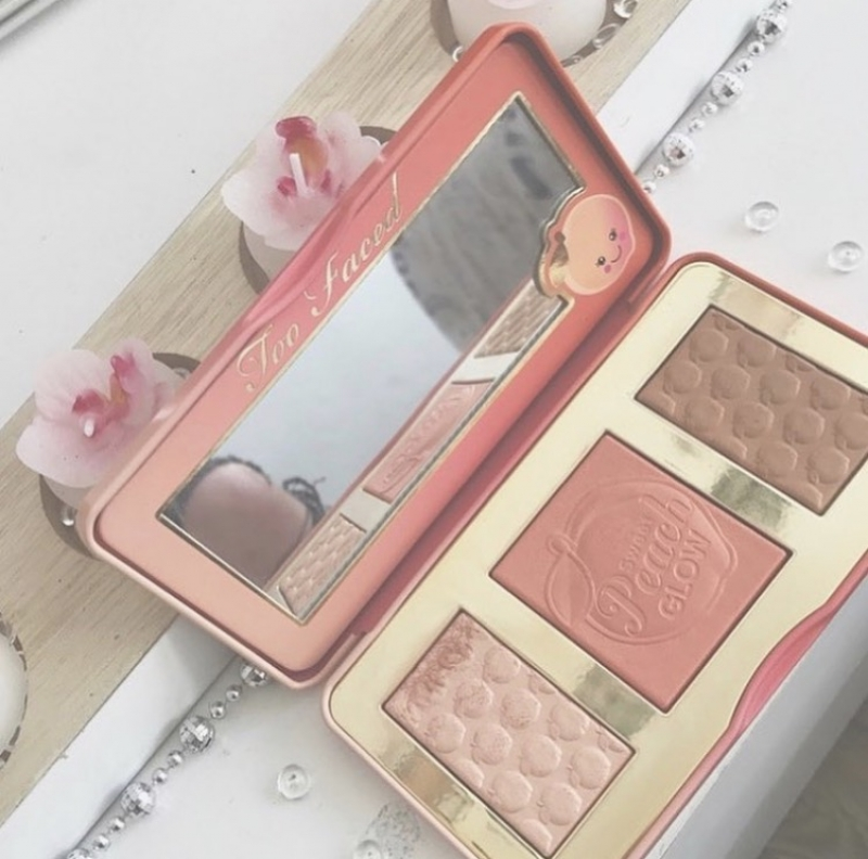 Swatch Palette Sweet Peach Glow, Too Faced
