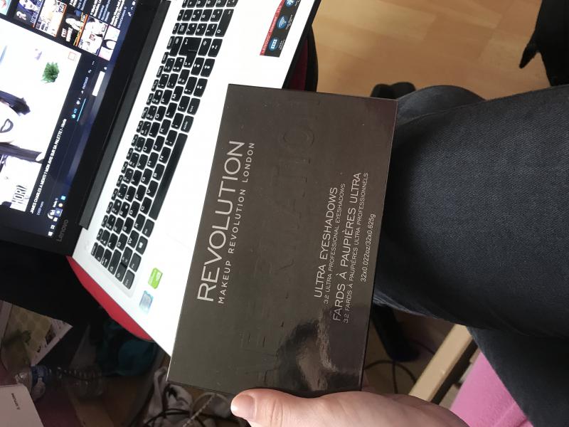 Swatch Ultra 32 Shade Eyeshadow Palette, Makeup Revolution