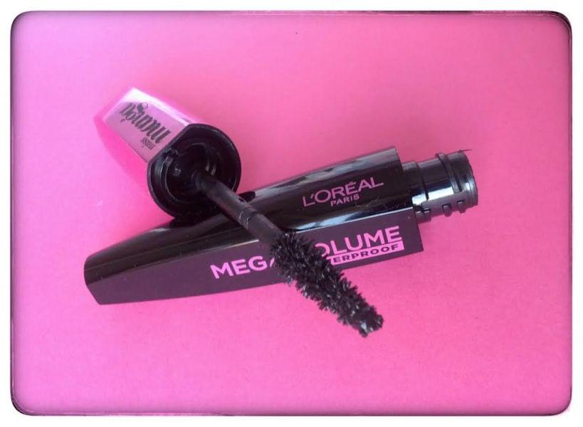 Swatch Mega Volume Miss Manga Waterproof, L'Oréal Paris