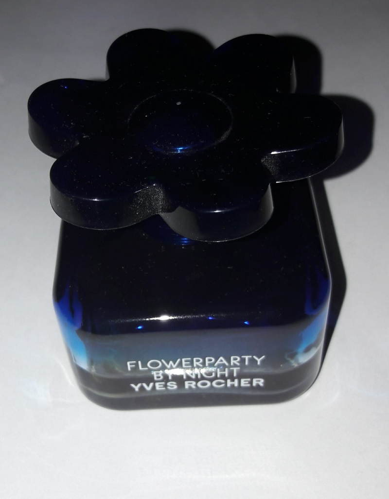 Swatch Flower Party by Night, YVES ROCHER