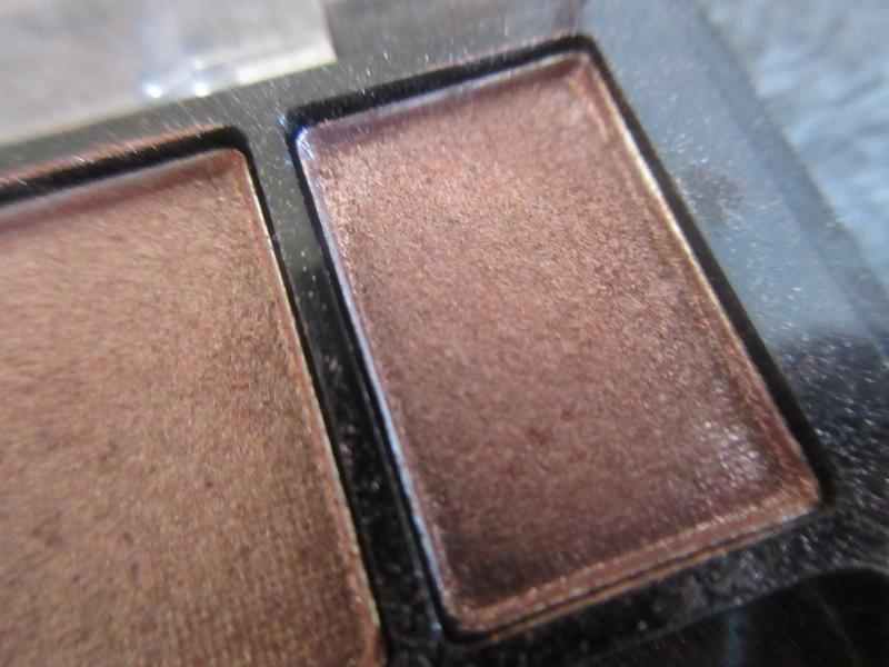 Swatch 10 colour eye shadow, It's Top