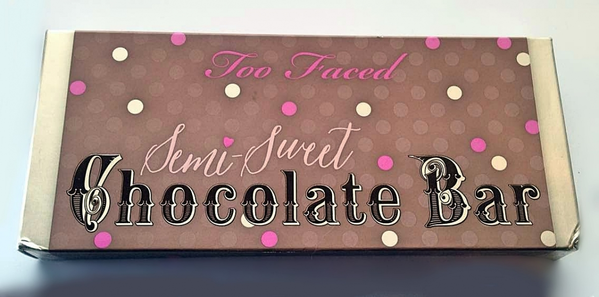 Swatch Semi-Sweet Chocolate Bare, Too Faced