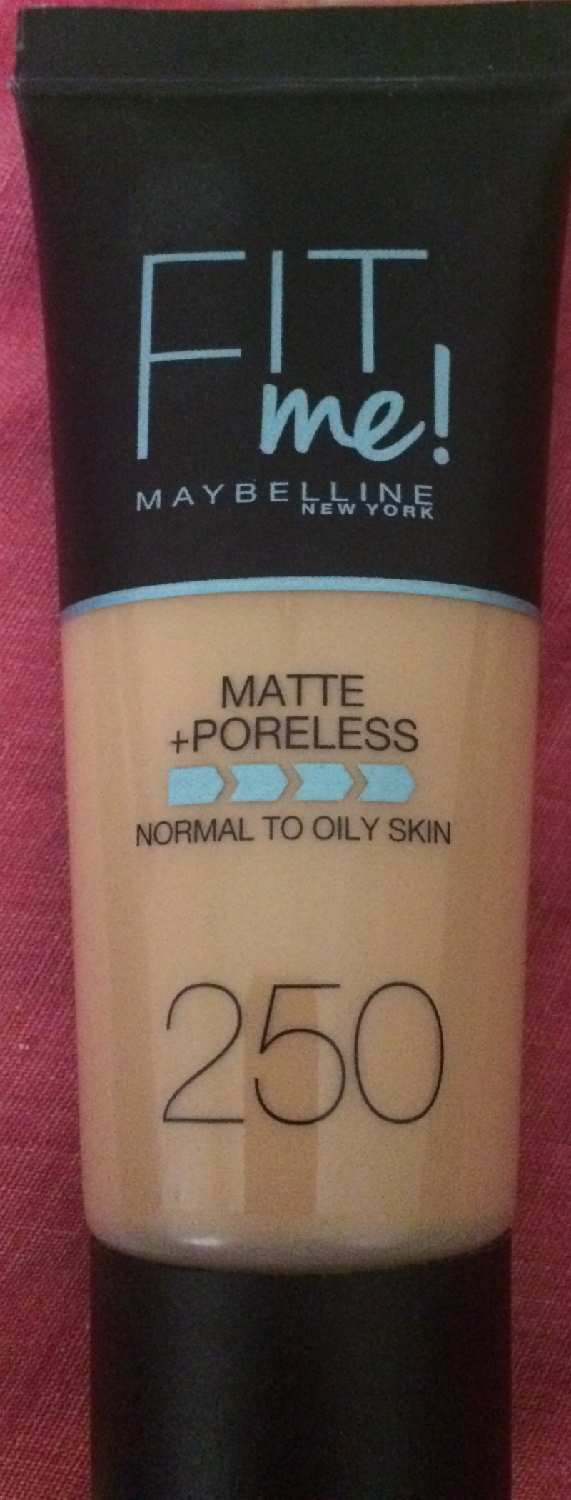 Swatch Fit Me Matte and Poreless, Gemey-Maybelline