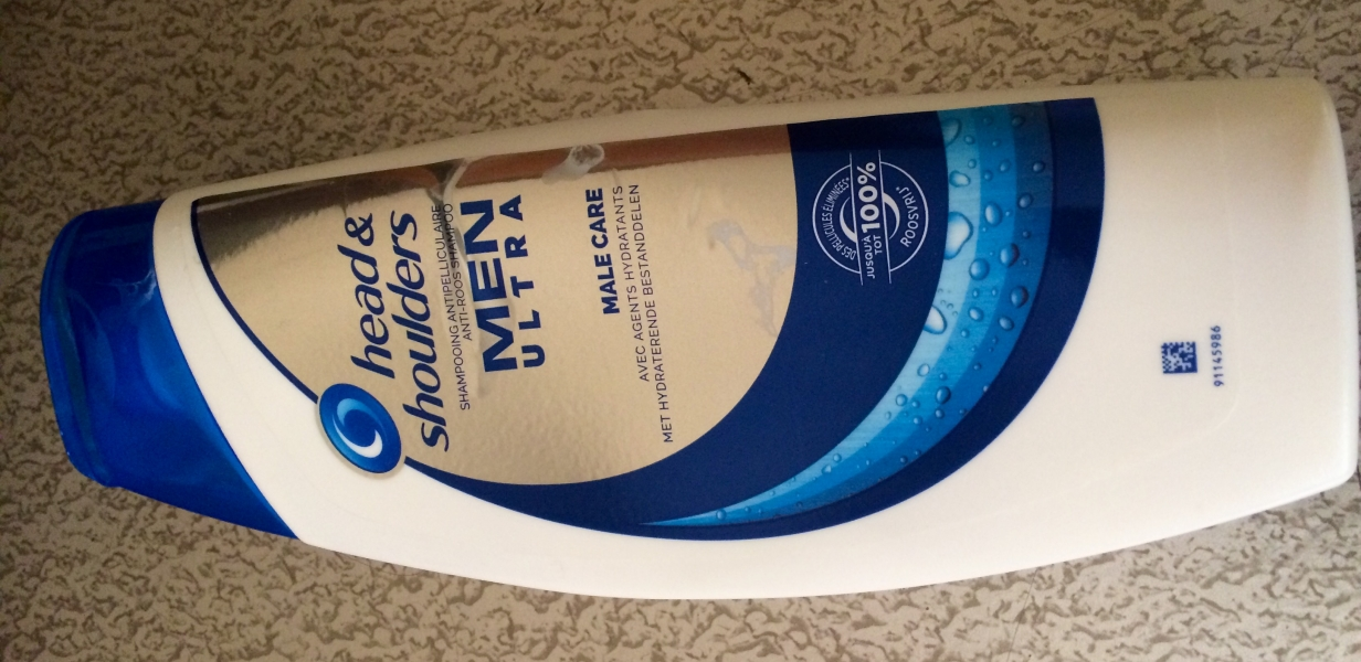 Swatch Shampooing anti-pelliculaire M'en Ultra, Head & Shoulders