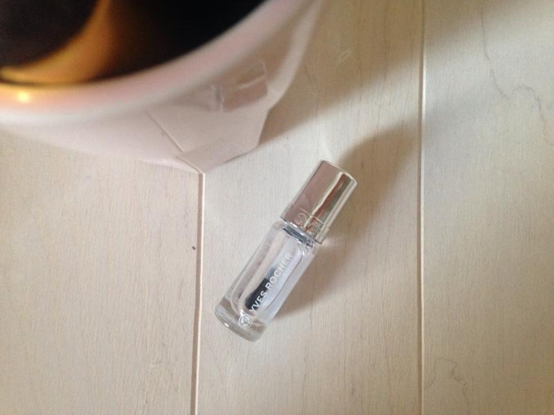Swatch Top coat effet gel, Yves Rocher