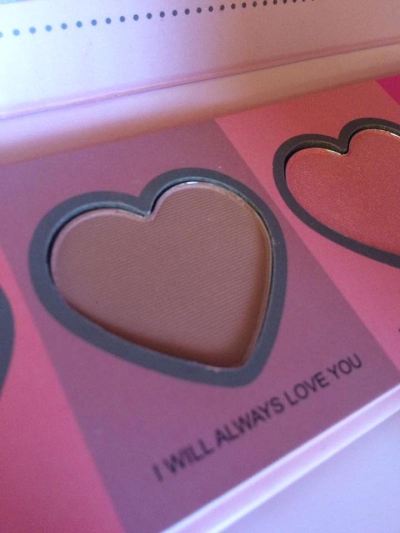Swatch Love Flush, IDC Color Makeup
