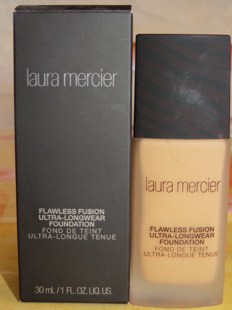 Swatch Fond de teint Ultra-longue tenue, Laura Mercier