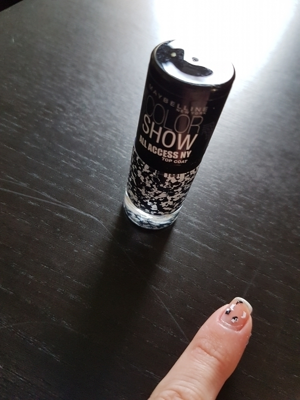Swatch COLOR SHOW ALL ACCES NY TOP COAT, Maybelline New York
