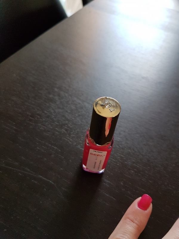 Swatch Color Riche Le Vernis, L'Oréal Paris