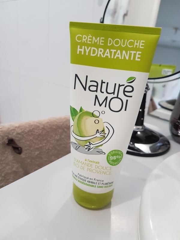 Swatch Crème Douche Hydratante à l'extrait d'amande douce bio de Provence, NaturÉ Moi