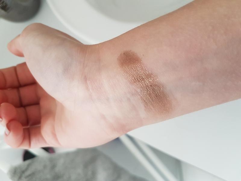 Swatch Chrome Shine, L'Oréal Paris