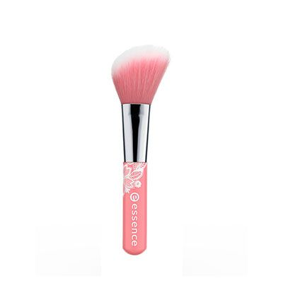Blush Brush, Essence : Team Vanity aime !