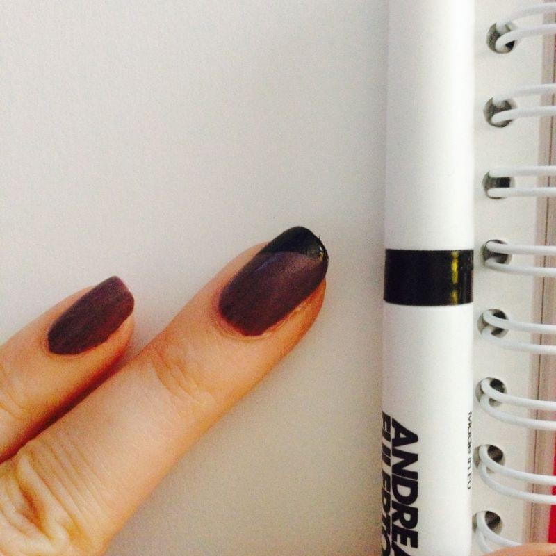 Swatch Stylo pour Ongles, Andrea Fulerton