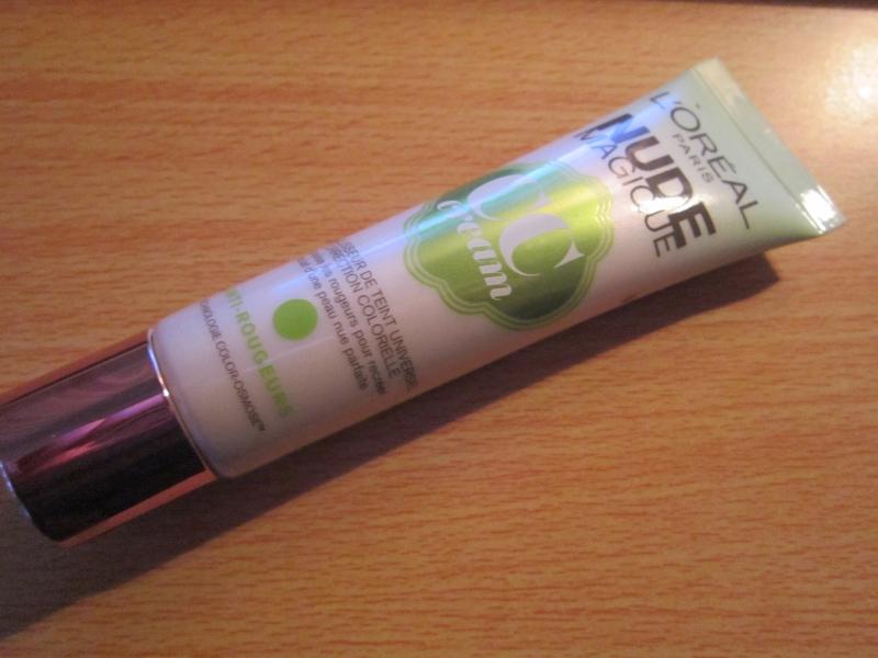 Swatch Nude Magic CC Cream, L'Oréal Paris