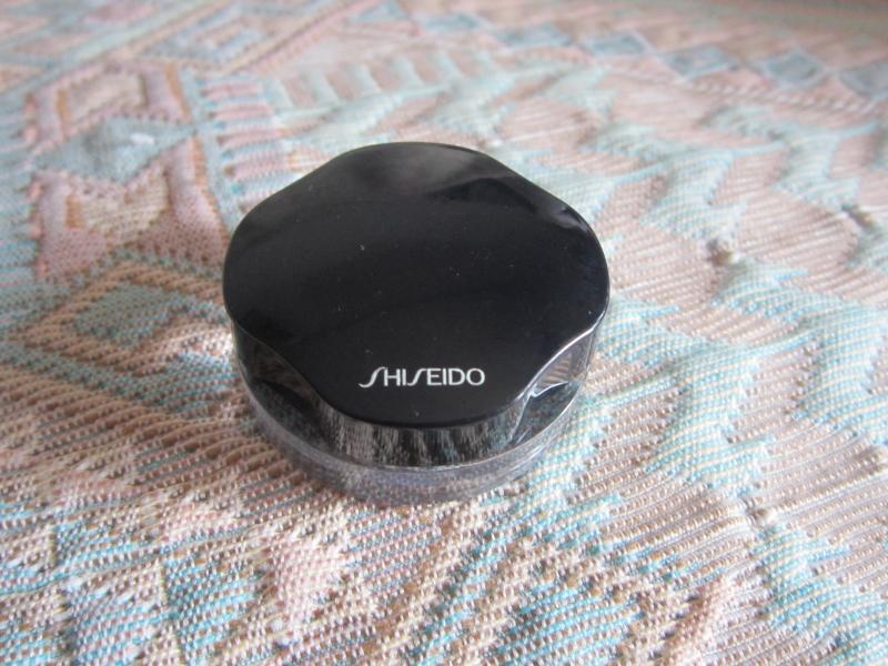 Swatch Ombre Crème Satinée, Shiseido