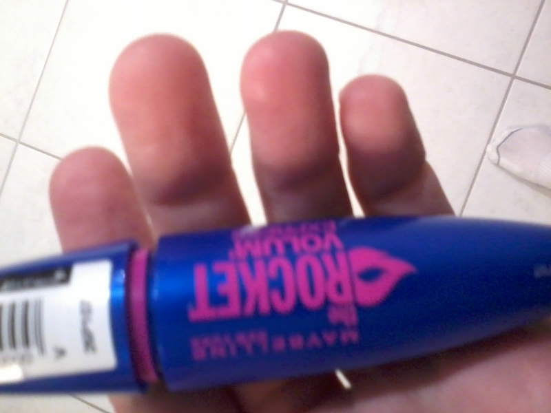 Swatch Mascara Volum'Express The Rocket, Gemey-Maybelline