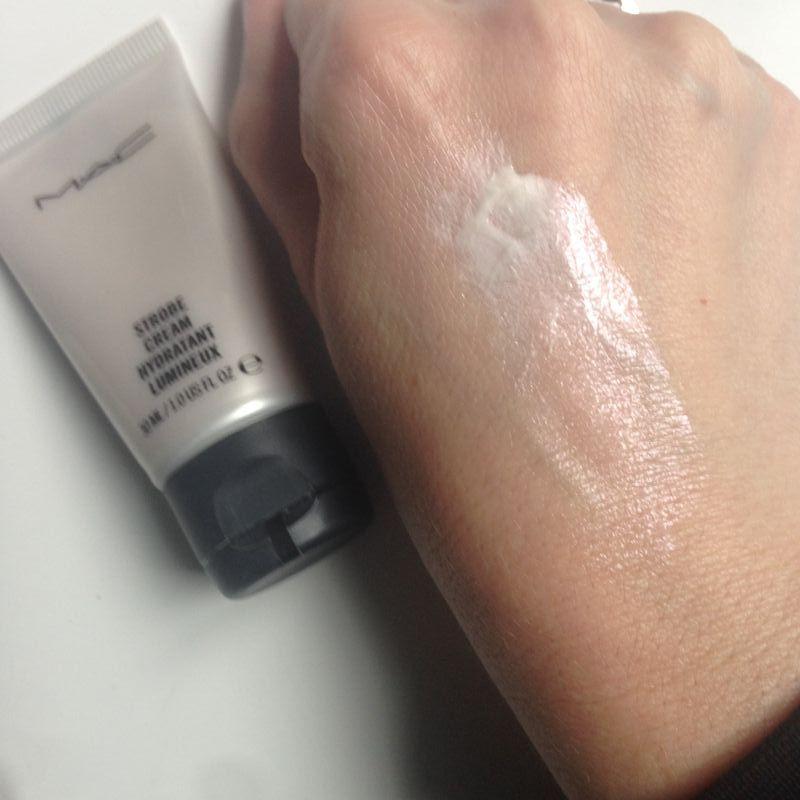 Swatch Strobe Cream - Hydratant lumineux, Mac