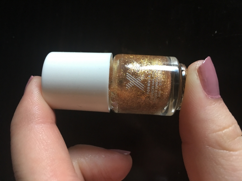 Swatch Formula x - Nail color, Sephora