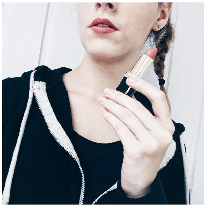 Swatch Rouge à lèvre x Balmain, L'Oréal Paris