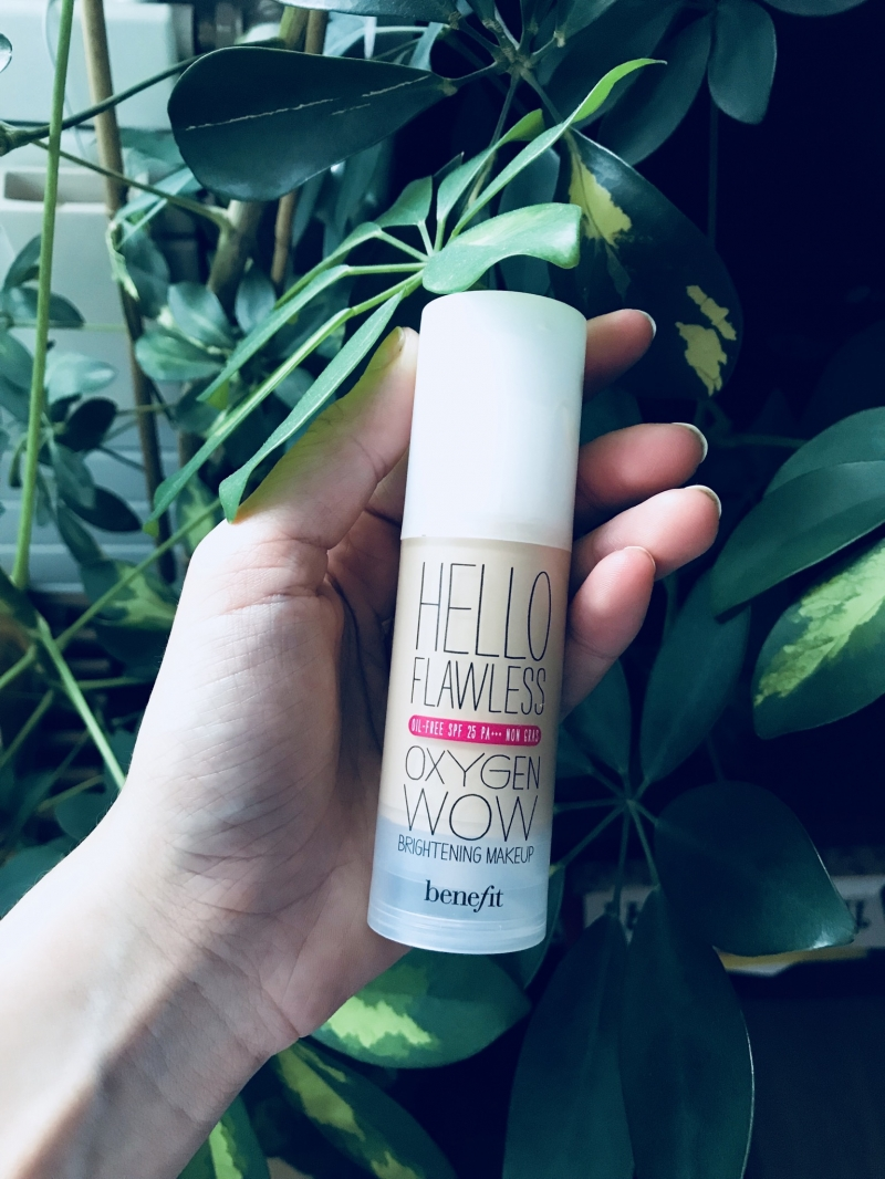 Swatch Hello Flawless Oxygen Wow, Benefit Cosmetics