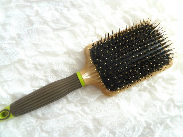 Swatch Paddle cushion brush, Macadamia Natural Oil
