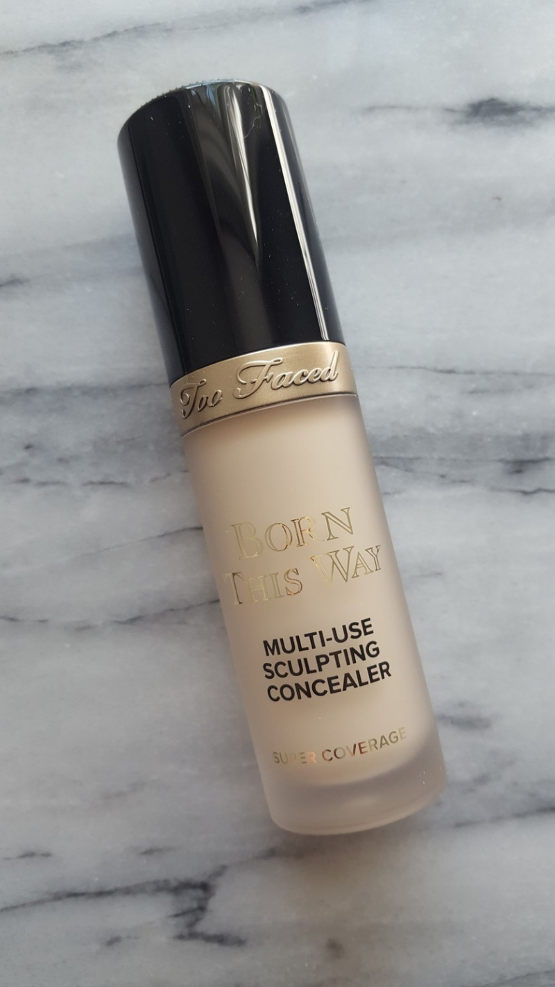 Swatch Born This Way Concealer - Anticernes, Too Faced