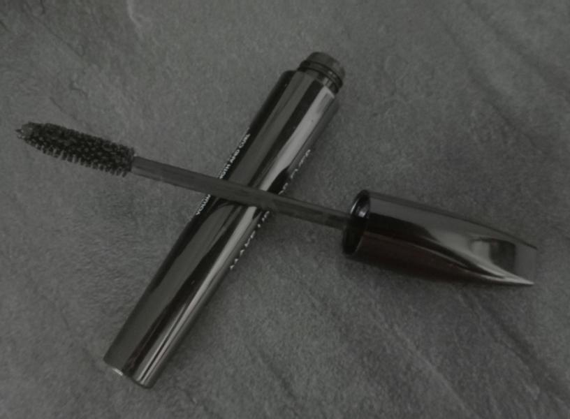 Swatch Aqua Smoky Lash - Mascara Waterproof Extra Noir, Make Up For Ever