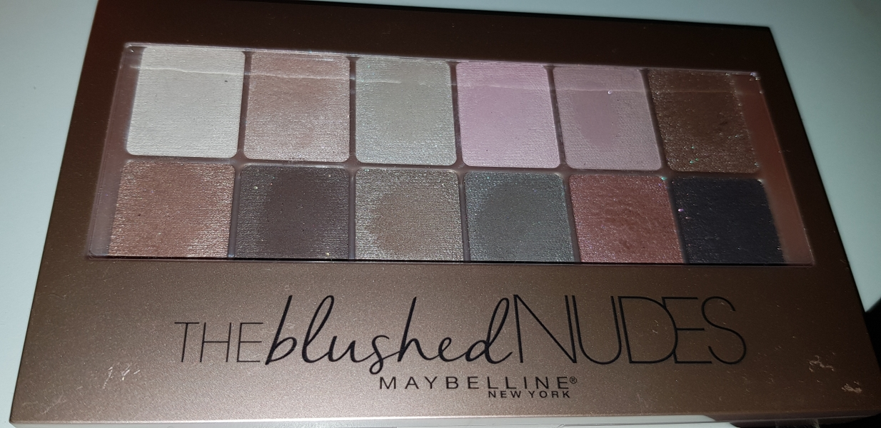 Swatch Thé blushed nudes, Maybelline New York