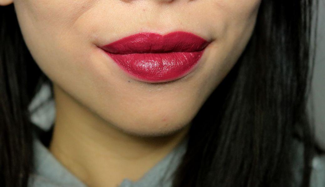 Swatch Audacious Lipstick, Nars
