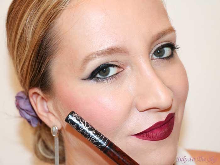 Swatch Everlasting Liquid Lipstick - Rouge à lèvres liquide, Kat Von D