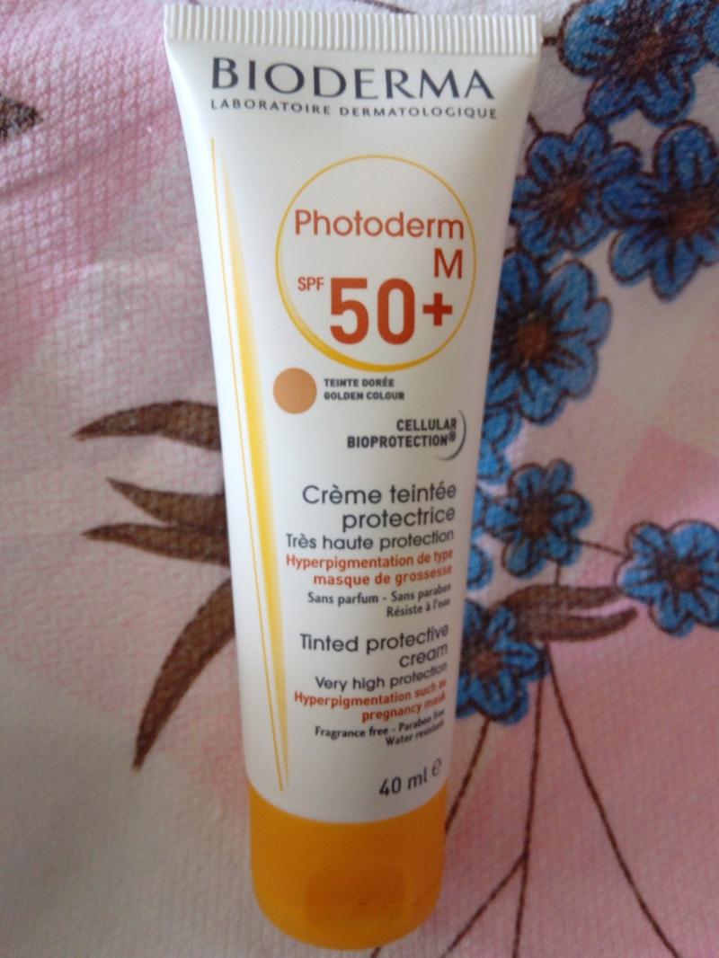 Swatch Photoderm M SPF 50  Crème teintée protectrice Très haute protection Hyperpigmentation de type masque de grossesse, Bioderma