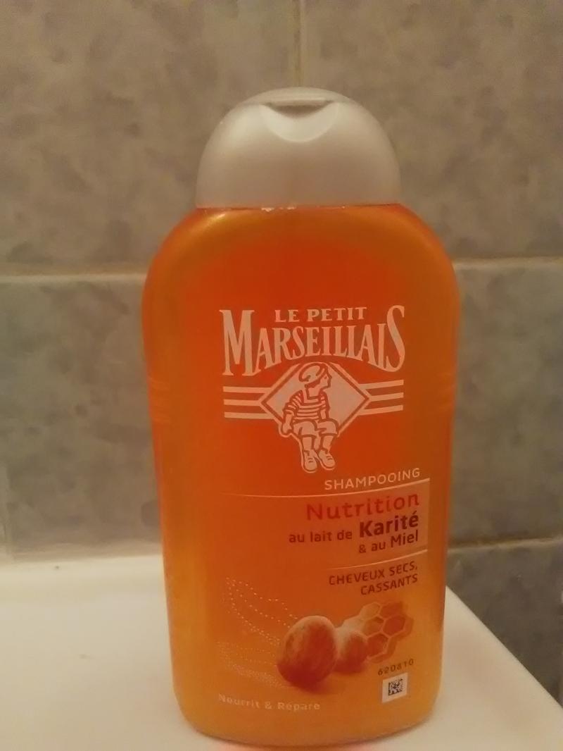 Swatch Shampooing Soin au Lait de Karité et au Miel, Le Petit Marseillais