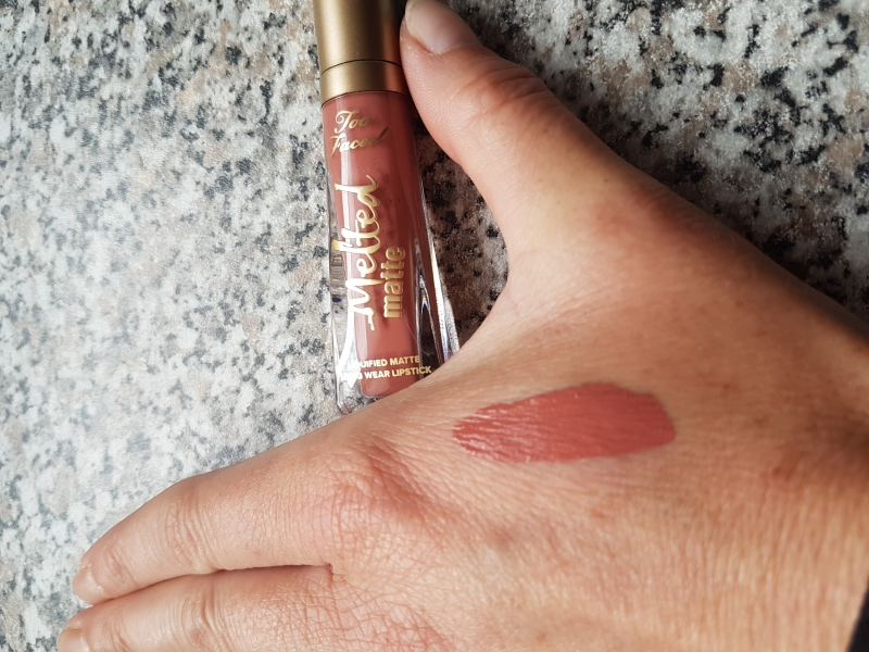 Swatch Melted Matte - Rouge à lèvres liquéfié longue tenue mat, Too Faced