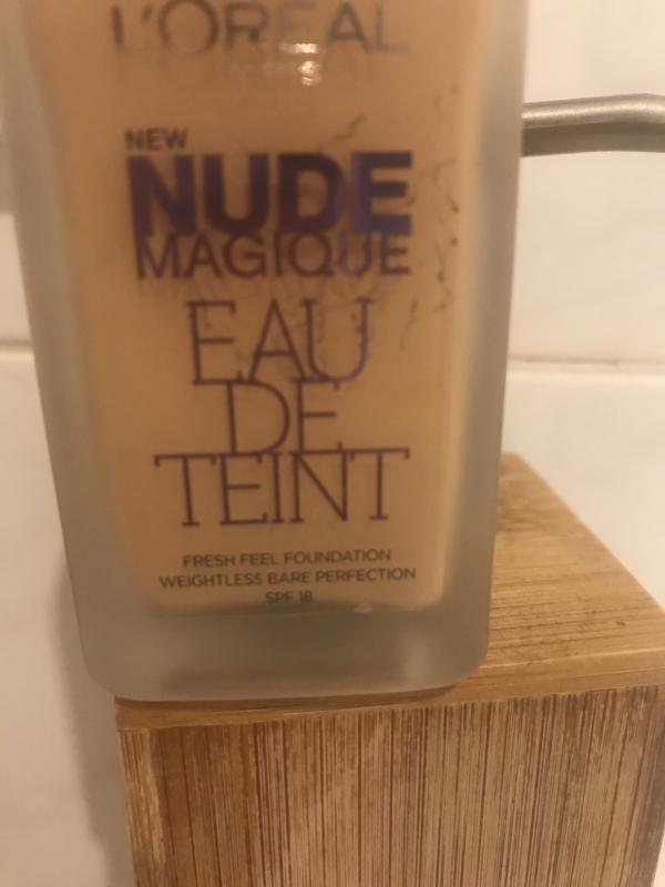 Swatch Nude Magique - Eau de Teint, L'Oréal Paris