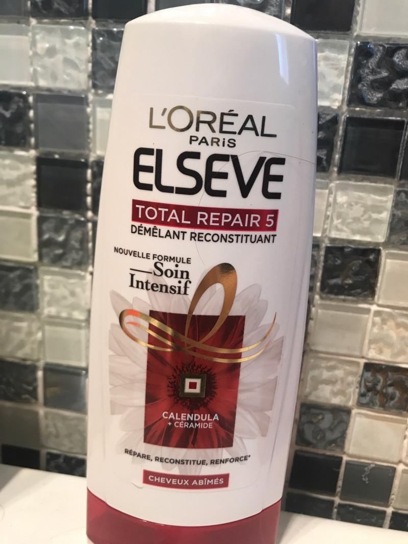 Swatch Shampooing Reconstructeur- Elsève Total Repair Extrême, L'Oréal Paris